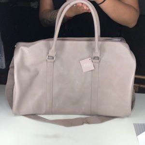 Ulta tote/ duffle/ traveling/ sleeping bag